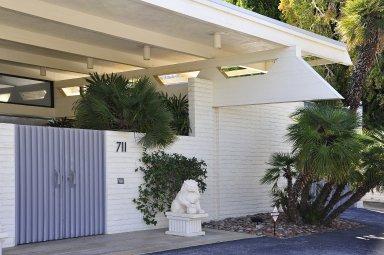 Edna Root Shapiro House