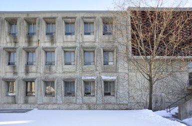 Saint John's University; Peter Engel Science Center