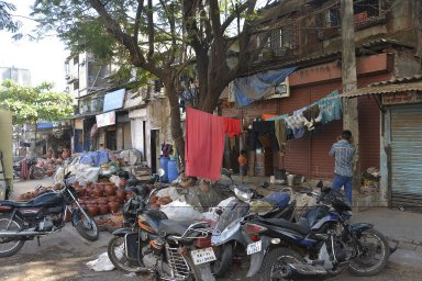 Mumbai: Sion Pottery district; Topographic Street Views