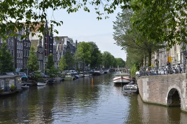 Amsterdam Canals: Topographic Views