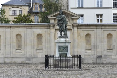 Monument to Dominique Jean Larrey