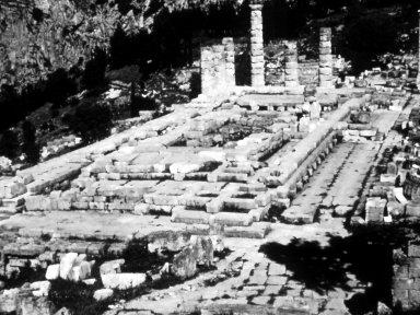 Delphi: Temple of Apollo