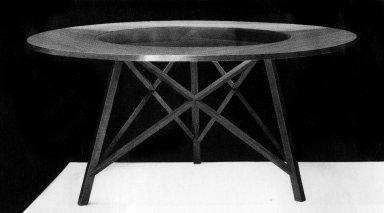 Tri X Table