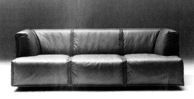 Cardigan Sofa