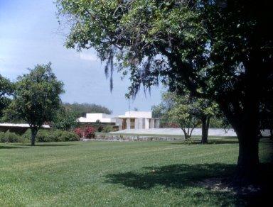 Florida Southern College: Emile E. Watson/Benjamin Fine Administration Buildings