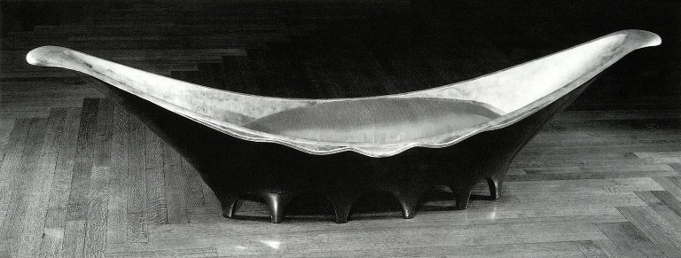 Pirogue Sofa
