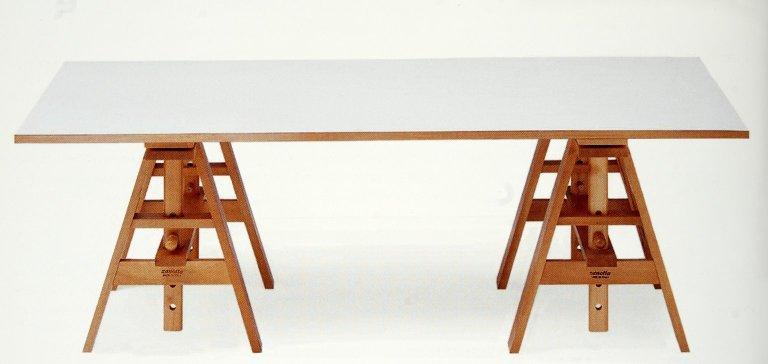 Leonardo Working Table