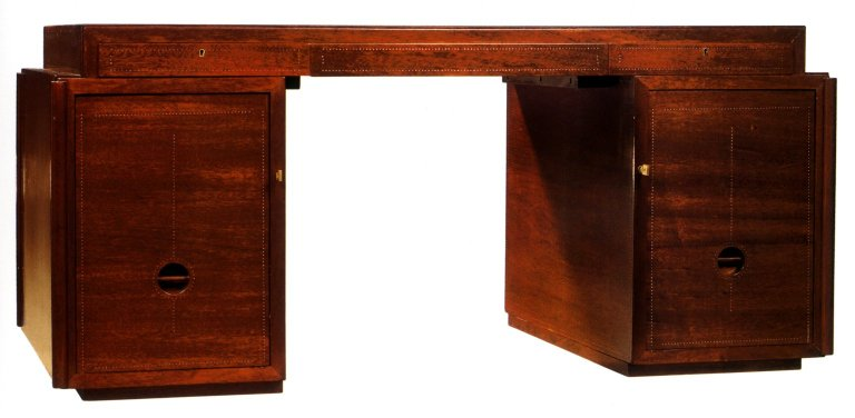 Desk in Mahogany