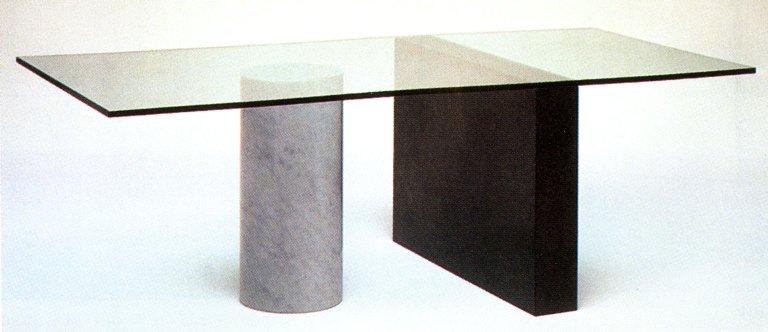 Kolonna Table