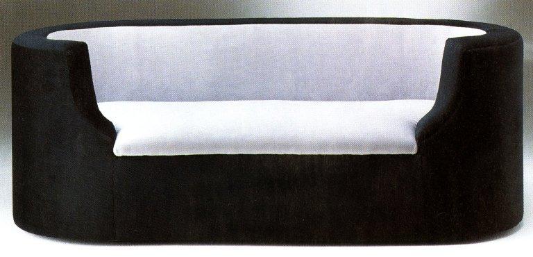 Model 662 Sofa